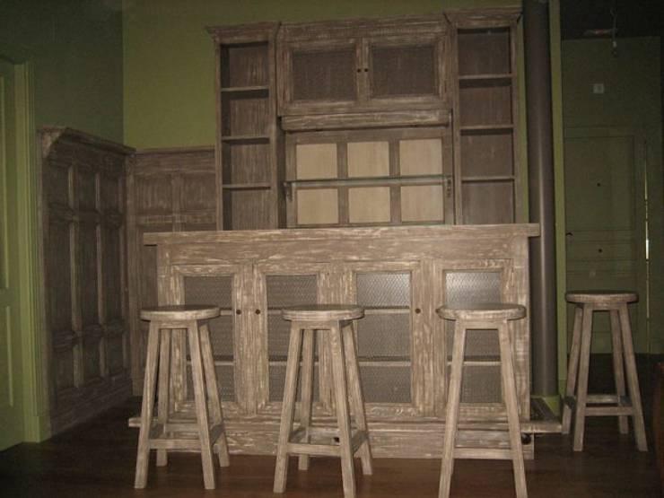 Un peque o placer en casa 10 muebles bar de inspiraci n for Bar madera pequeno