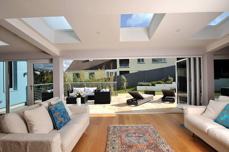 modern Living room by The Bazeley Partnership
