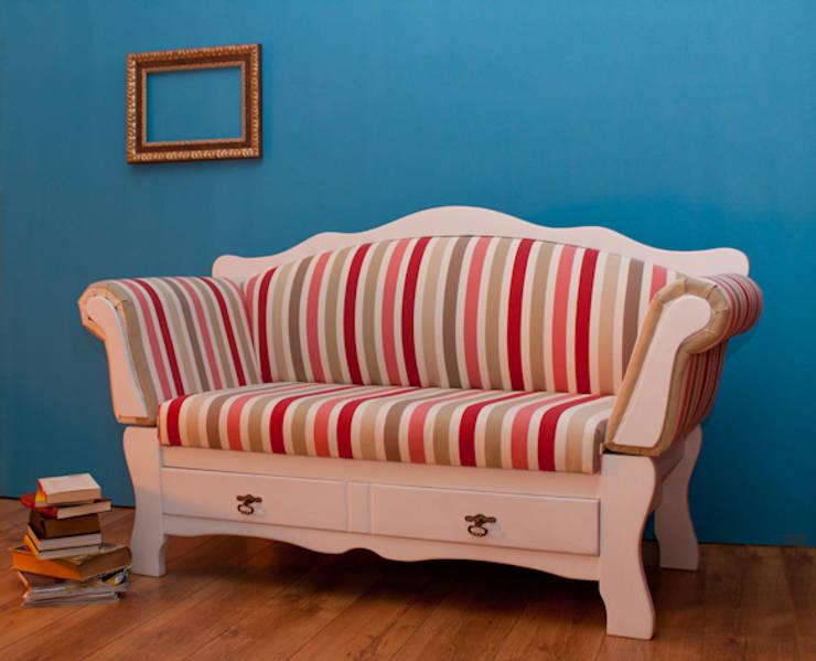 I tessuti per divani quali colori scegliere for Tessuti per divani classici