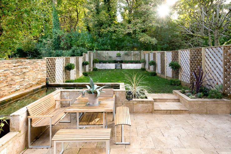 moderner Garten von Will Eckersley