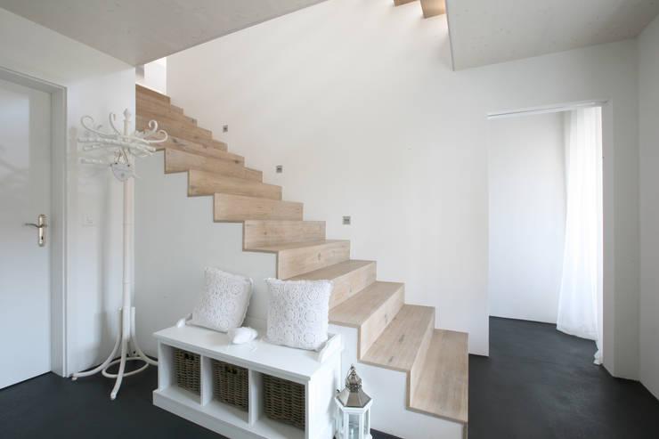 아늑하고 사랑스러운 컨트리 스타일 주택