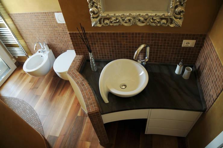 Bagno classico moderno for Arredo bagno piccole dimensioni