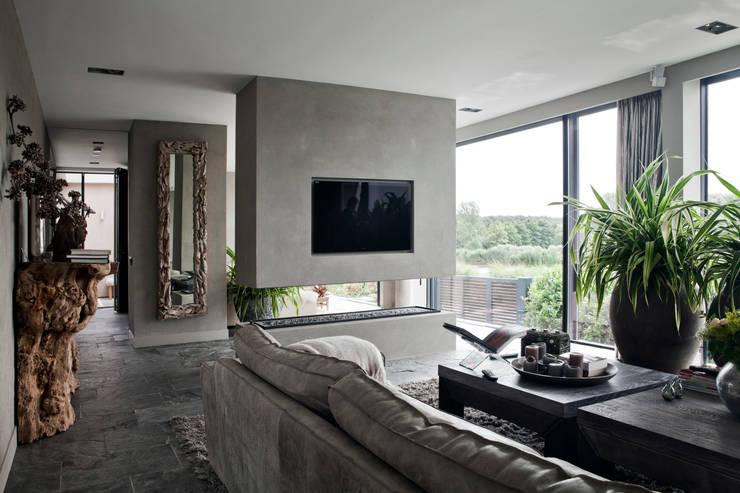 luxus wohnzimmer modern mit kamin: badezimmer weiß waschbecken in, Wohnzimmer dekoo