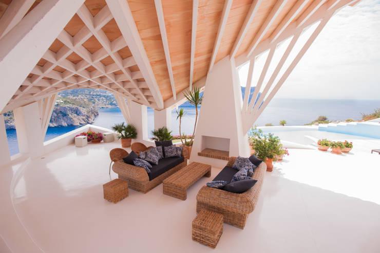 Terrazas de estilo translation missing: mx.style.terrazas.moderno por Jörn Dreier photography