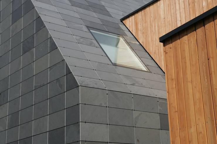 fassade und dach aus schiefer symmetrische deckung von rathscheck schiefer und dach systeme zn. Black Bedroom Furniture Sets. Home Design Ideas