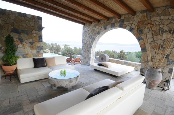 10 terrazas r sticas que se ver an so adas en tu casa for Casa in stile ranch con veranda