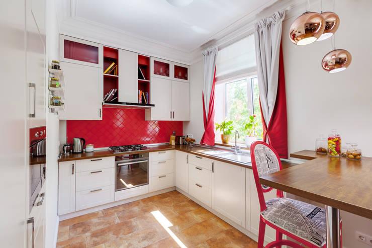 Cocinas de estilo ecléctico por U-Style design studio