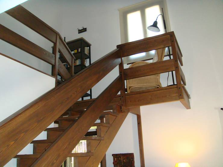 15 ideas de escaleras r sticas para embellecer tu casa for Escaleras de madera rusticas