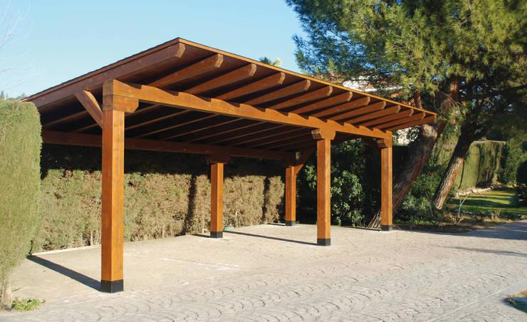 Garajes de madera de pergomadera p rgolas y porches de - Garaje de coches ...