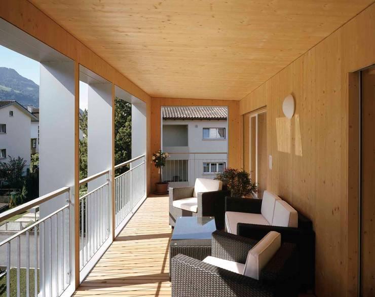 quadratisch wohnen. Black Bedroom Furniture Sets. Home Design Ideas