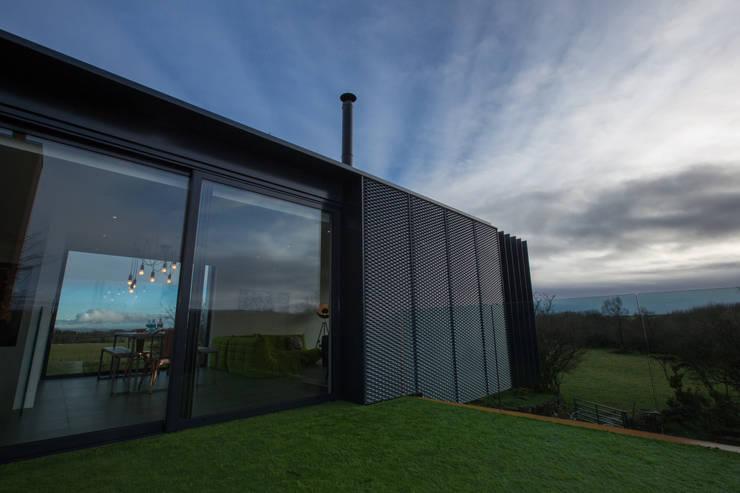 Modernes wohnen im containerhaus for Modernes containerhaus