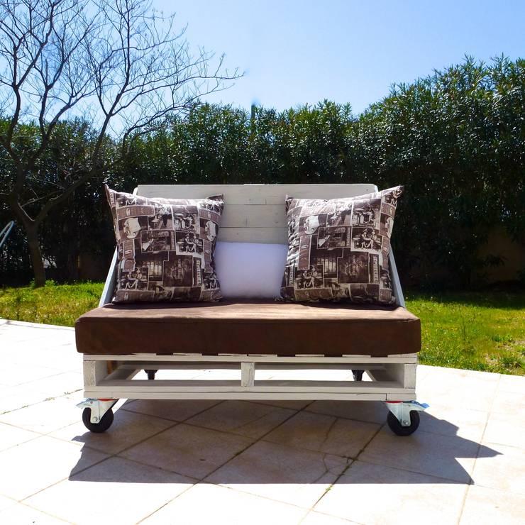 Balcones, porches y terrazas de estilo translation missing: ve.style.balcones-porches-y-terrazas.eclectico por 2nd Chance Créations