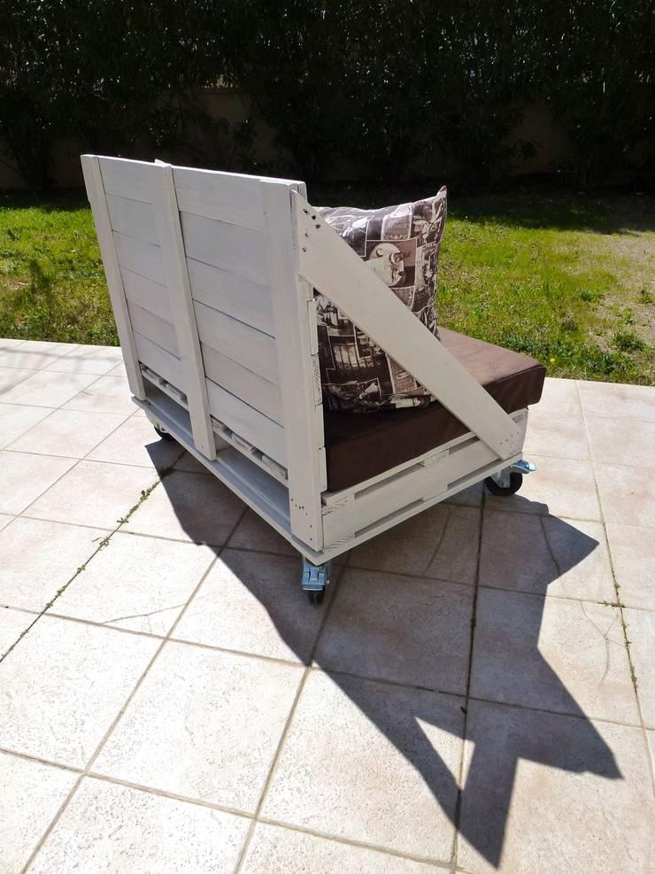 canap 2 places roulettes en palettes par 2nd chance cr ations homify. Black Bedroom Furniture Sets. Home Design Ideas