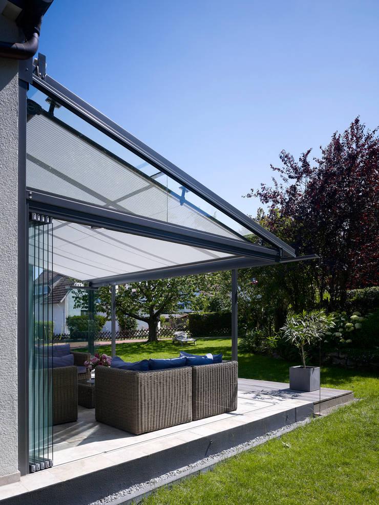 rundum gesch tztes glashaus von solarlux gmbh homify. Black Bedroom Furniture Sets. Home Design Ideas