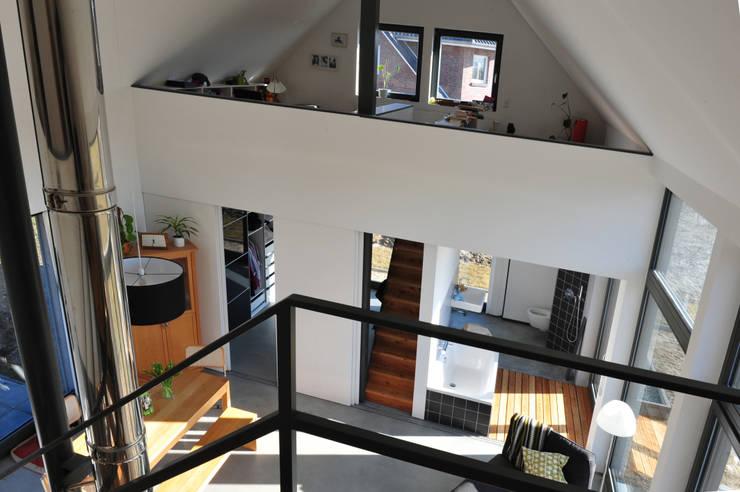wohnen in einer modernen scheune. Black Bedroom Furniture Sets. Home Design Ideas