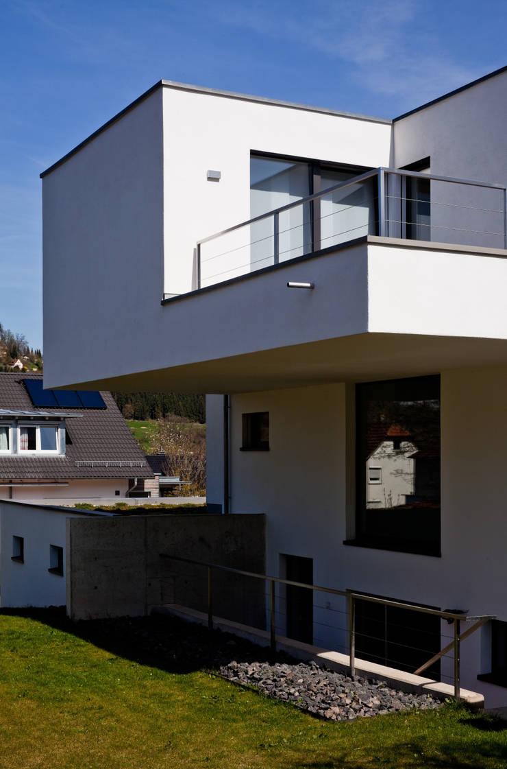 Neubau einfamilienhaus mit doppelgarage in lorch baden for Einfamilienhaus mit doppelgarage
