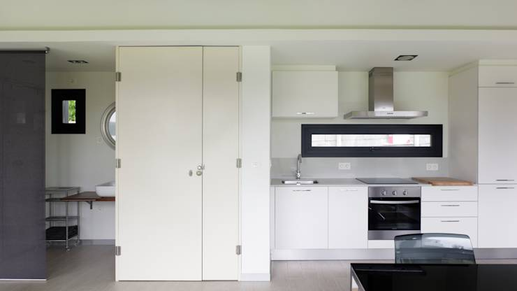 translation missing: eg.style.مطبخ.minimalist مطبخ تنفيذ Nan Arquitectos