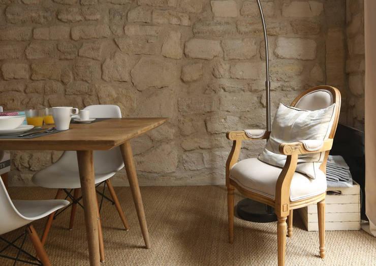 D coration d 39 un appartement ancien par xavier lemoine for Decoration appartement ancien