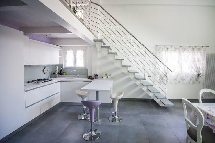 Il soppalco in legno per dare una nuova forma alla casa - Cucina con soppalco ...