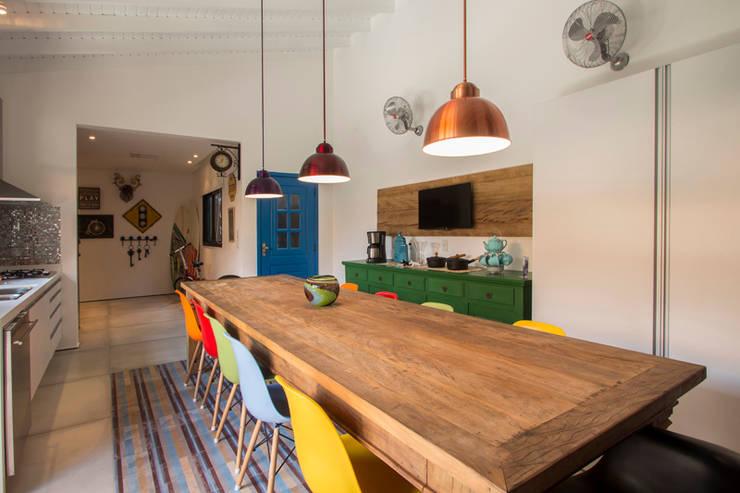 Cozinhas rústicas por Marcos Contrera Arquitetura & Interiores