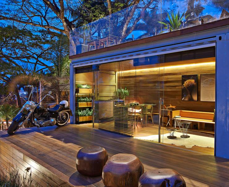 Una casa mobile in legno e acciaio a 5 stelle for Casa mobile in legno