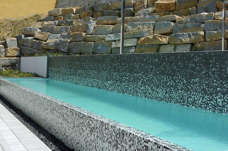 6 dise os de piscina donde darle tregua al calor for Disenos de piscinas de hormigon
