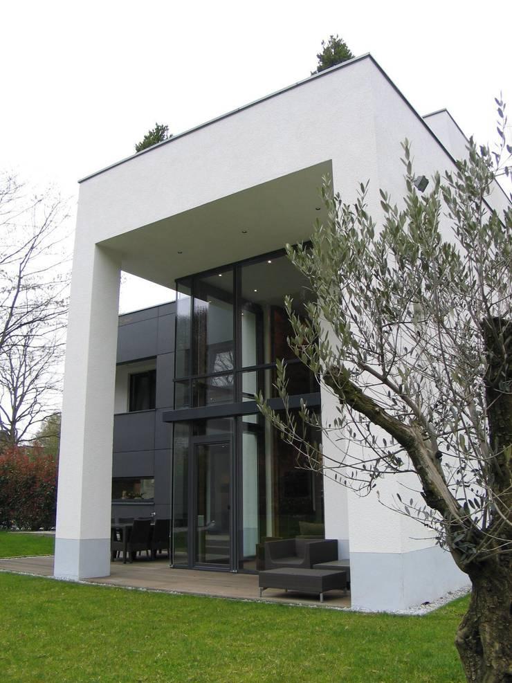 Pin Die Moderne Stadtvilla Mit Individuellem Grundriss on ...