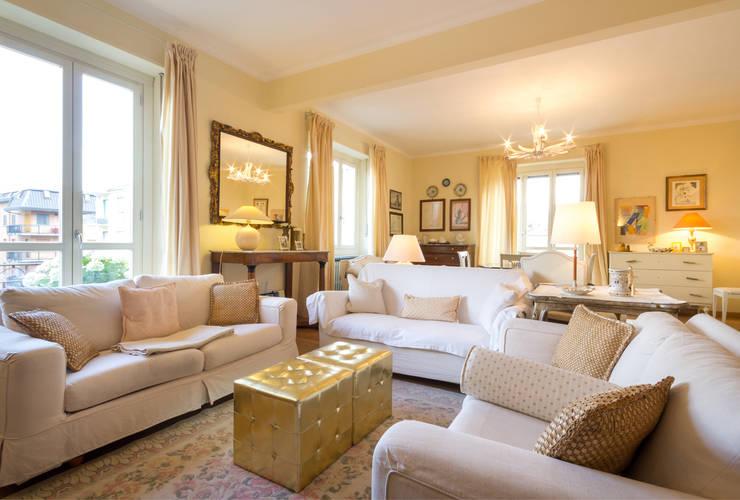 Un appartamento classico per la vita moderna for Ambiente soggiorno moderno