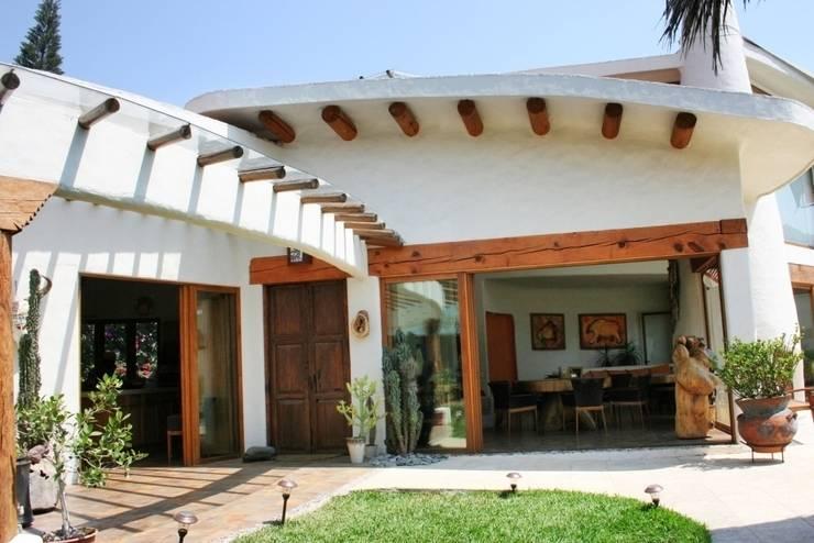 17 dise os de techos que har n lucir tu fachada for Partes del techo de una casa