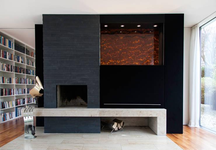 tv wand von helm design by ihr schreinermeister gmbh homify. Black Bedroom Furniture Sets. Home Design Ideas