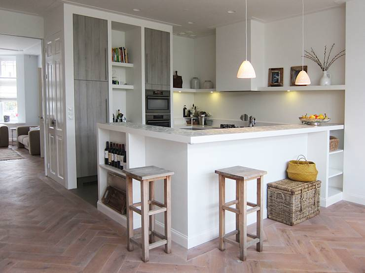 Kleine Smalle Keuken
