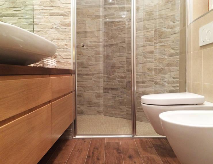 10 fantastiche idee per cambiare il box doccia - Mattonelle per bagno piccolo ...