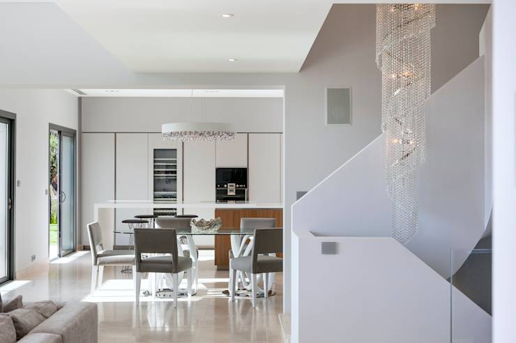 The diamond house - Lavish white and grey kitchen for hygienic and bright view ...