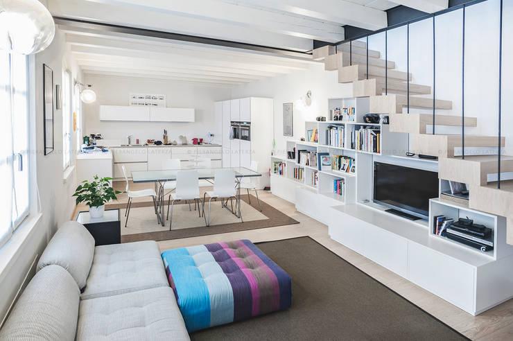 7 grandi idee per separare la cucina dal soggiorno for Soggiorno verona