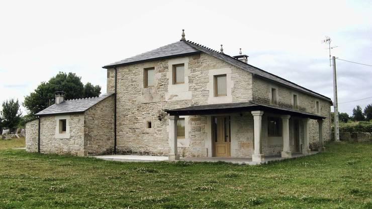 Altes bauernhaus wird zum coolen zuhause - Arquitectos lugo ...