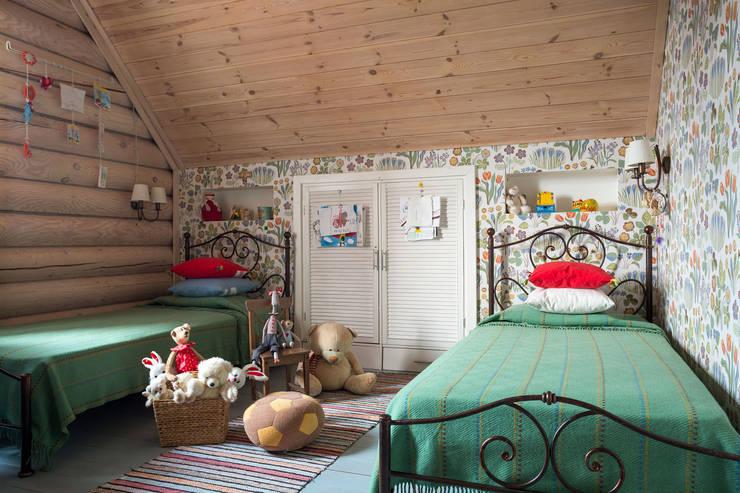 country Nursery/kid's room by Tatiana Ivanova Design