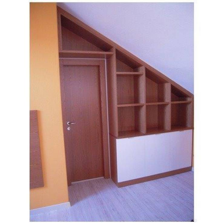 6 retro bookshelves to save space for Porte per mansarda