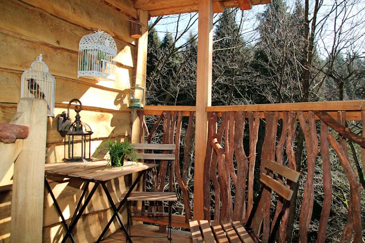 7 grandes ideas para balcones y terrazas peque as for Terrazas rusticas en madera