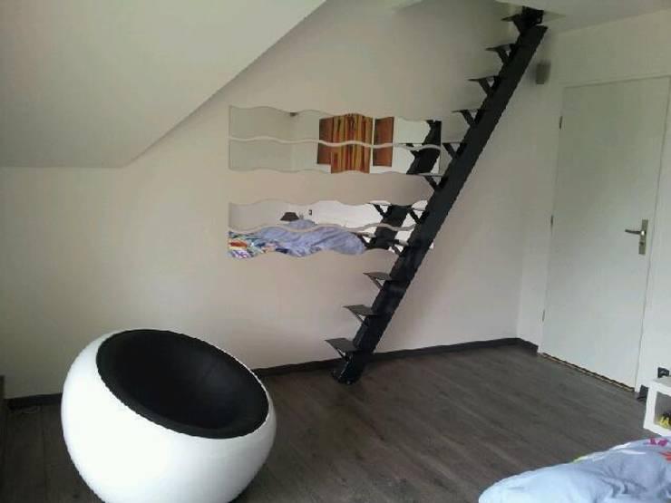 Escaleras 15 ideas geniales para casas con poco espacio for Escaleras plegables baratas