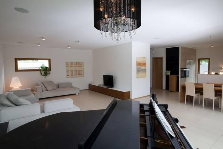 fertighaus wohnen und arbeiten von rensch haus gmbh homify. Black Bedroom Furniture Sets. Home Design Ideas