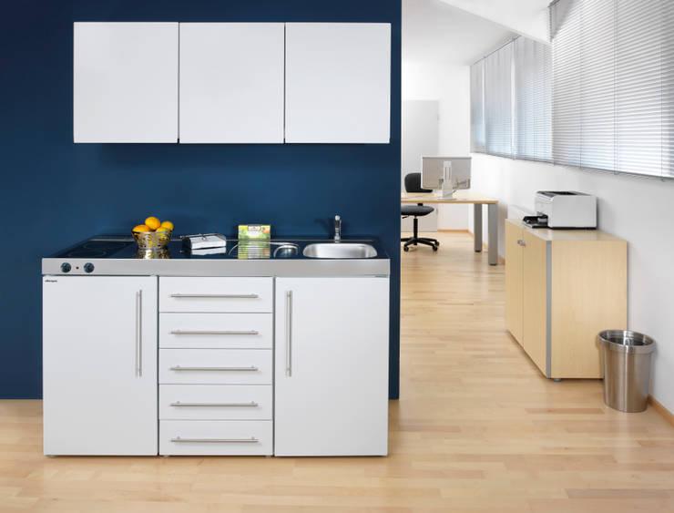 minik chen pantryk chen und schrankk chen alle funktionen auf kleinstem raum von lemoboo ag. Black Bedroom Furniture Sets. Home Design Ideas