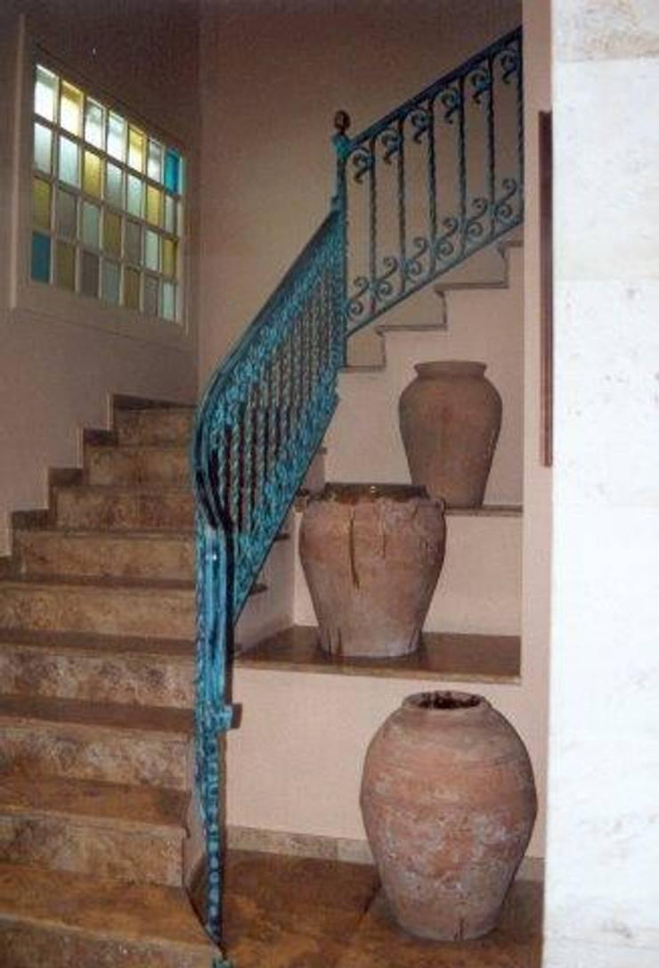 Barandas de exterior e interior de cierres metalicos avila - Escaleras de forja interiores ...