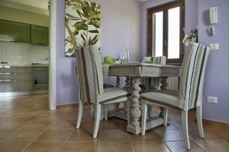 Piccola casa stile unico for Stile piccola casa