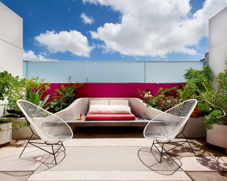 Casa Santiago 49: Terrazas de estilo translation missing: mx.style.terrazas.moderno por Taller Estilo Arquitectura