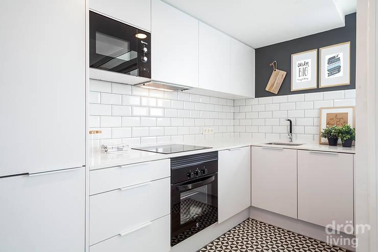 60 mq pieni di aria fresca - Piastrelle cucina bianche ...