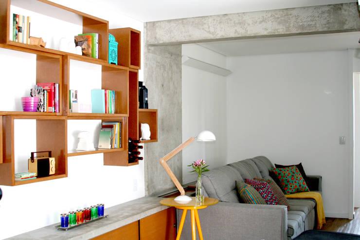 translation missing: id.style.ruang-keluarga.modern Ruang Keluarga by verso arquitetura