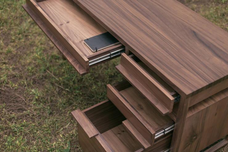 Muebles para computadora 10 dise os para trabajar con estilo for Diseno de libreros para espacios pequenos