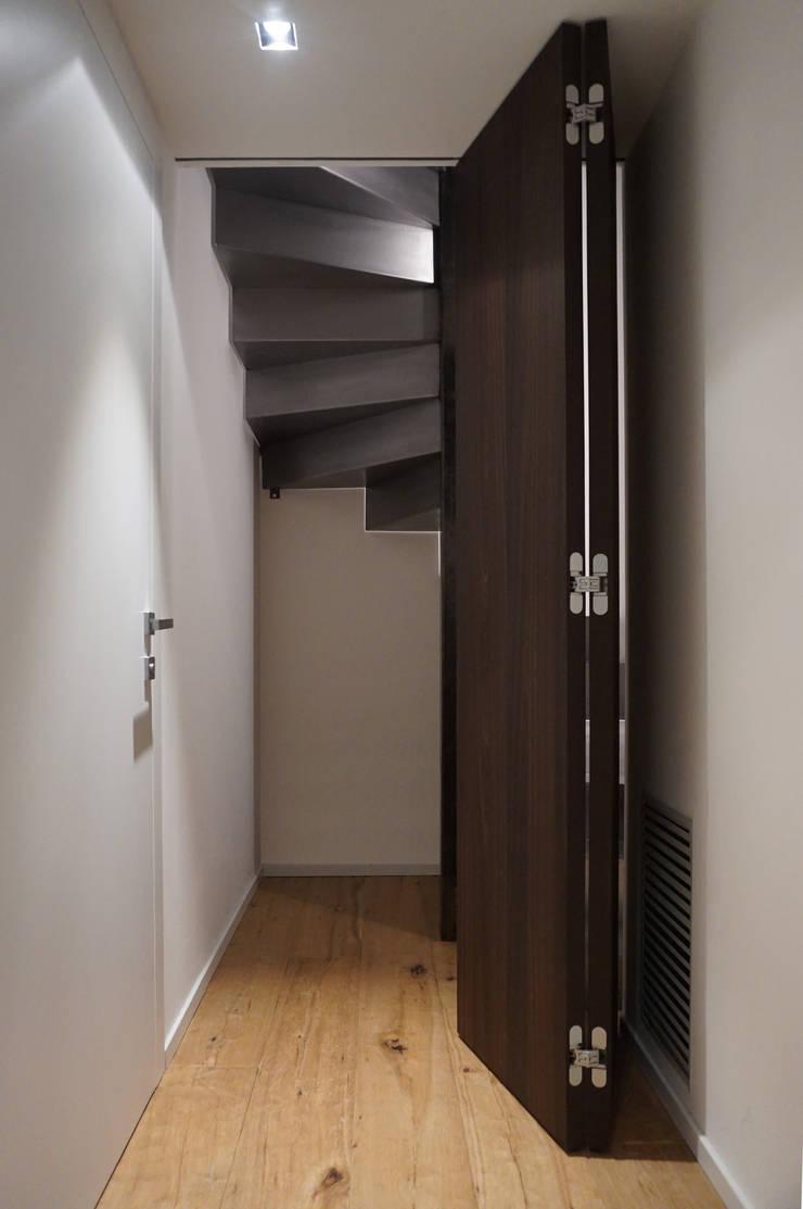 Bchouse villa privata di plus concept studio homify - Porta a libretto ...