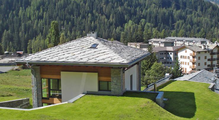 Villa a la thuile ao con serra solare e b b ipogeo di for Serra solare