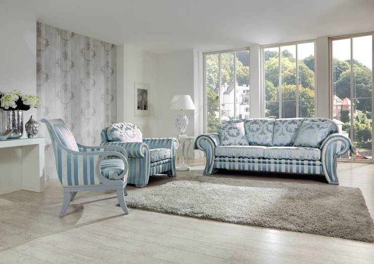 polstergarnituren klassiker im wohnzimmer. Black Bedroom Furniture Sets. Home Design Ideas